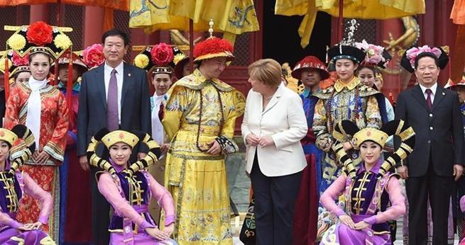 Deutsche Kanzlerin besucht Shenyang