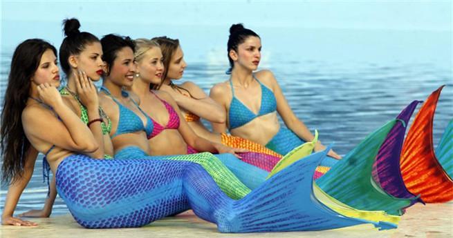 Miss Leisure World als Meerjungfrau