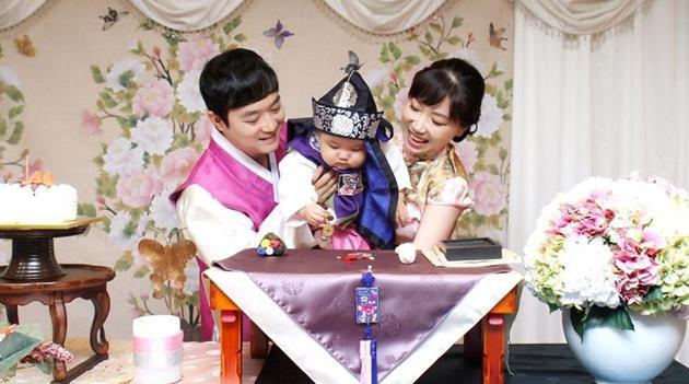Ein Besuch bei Hausfrau Li Zhaoxin, die im Onlinehandel ihren Selbstwert fand
