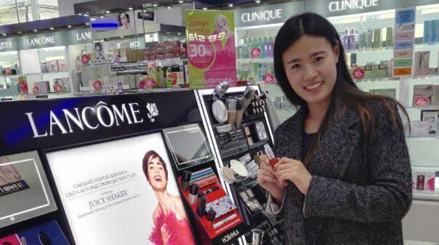 Erfahrung und Freundschaft - chinesische Studentin macht Karriere als Kaufagentin in Russland