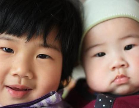 Zwei-Kind-Politik angelaufen, überall Babyboom erwartet