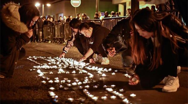 Chinesen protestieren in Paris gegen Tod eines chinesischen Bürgers