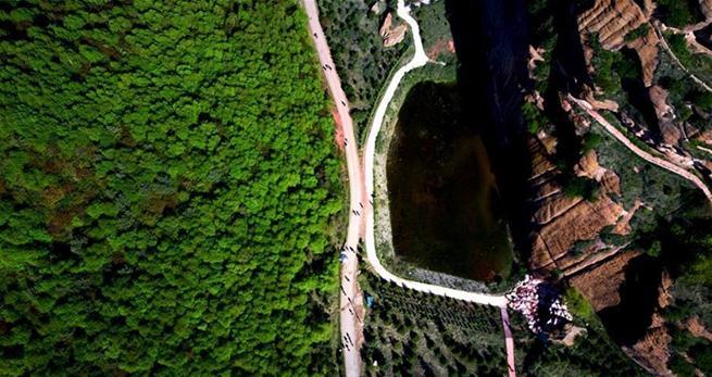 National-Geopark Huoshizhai in Nordwestchina lockt zahlreiche Touristen an