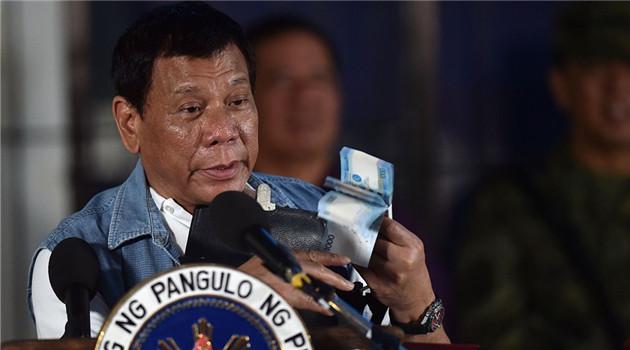 Duterte entschuldigt sich für Ausrufung des Kriegsrechts in Marawi