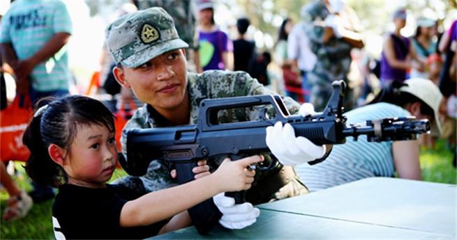 Garnison der Volksbefreiungsarmee in Hongkong gewinnt Herzen und Köpfe