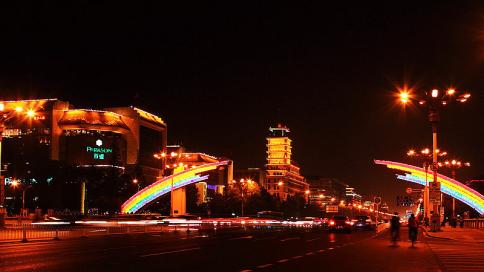 Beijing bietet Besuchern erstmals nächtliche Bustouren an