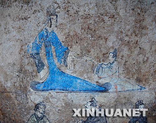 汉代彩色壁画(1月17日摄)。新华社记者 徐速绘摄