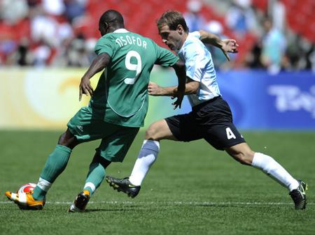 アルゼンチン・ナイジェリア戦 北京現地時間23日午前12時、北京オリン...  男子サッカー、ア