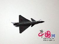 中国産の新戦闘機J-10
