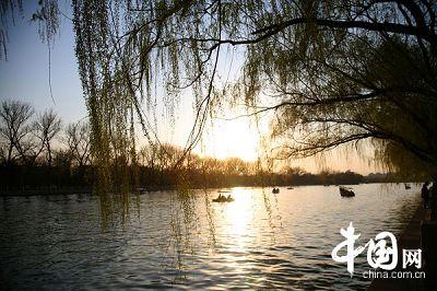 胡同めぐりに最適なところ・什刹海 胡同めぐりに最適なところ・什刹海 什刹海は北京の歴史ある文化的