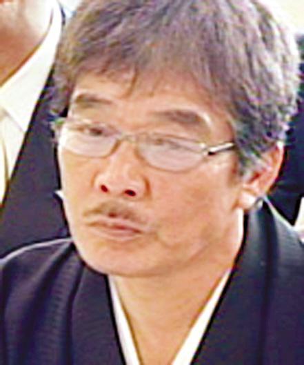 日本の暴力団組織の元組長が出家...