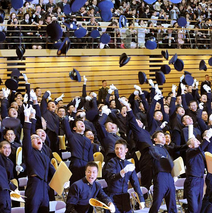 日本の防衛大学校で卒業式_China ... 日本の防衛大学校で卒業式_China ... 防衛