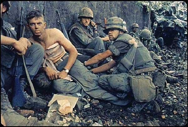 ベトナム戦争の貴重なカラー写真...