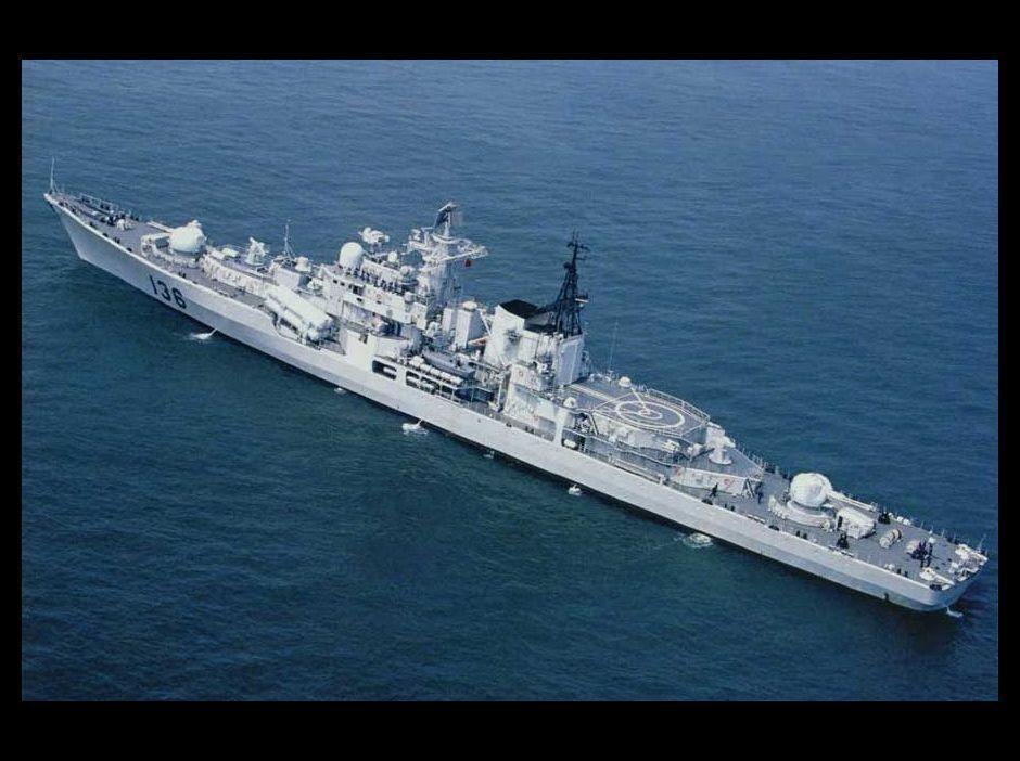 公開された中国海軍潜水艦基地・新型戦艦群の写真_japanese.china.org.cn