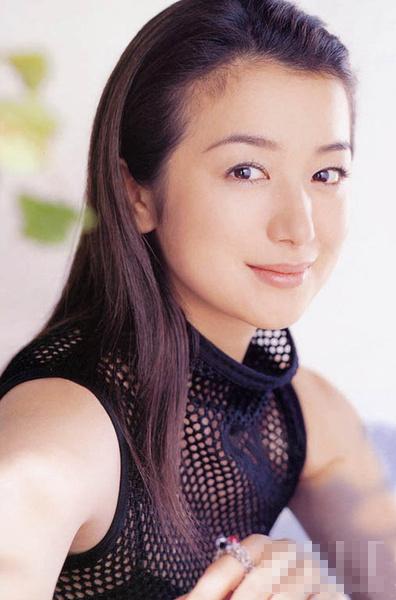 日本人気女優ランキングが発表 トップは子役コメントコメント数:0最新コメント一覧同コラムの最新記事コラム一覧