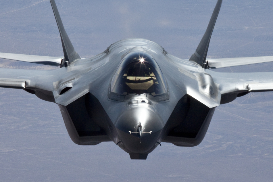 F 35 (戦闘機)の画像 p1_25