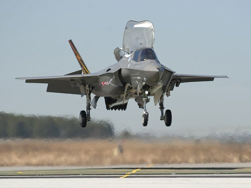 F 35 (戦闘機)の画像 p1_8