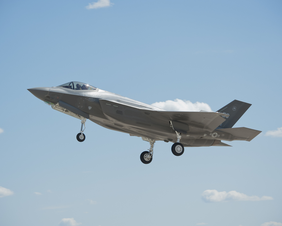 F 35 (戦闘機)の画像 p1_28