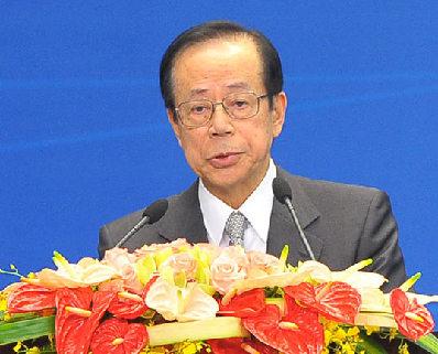4月2日,博鳌亚洲论坛理事长、日本前首相福田康夫在开幕大会上致欢迎辞。