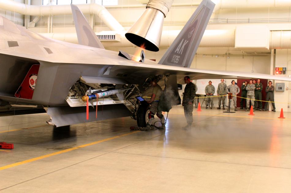 F 4 (戦闘機)の画像 p1_30