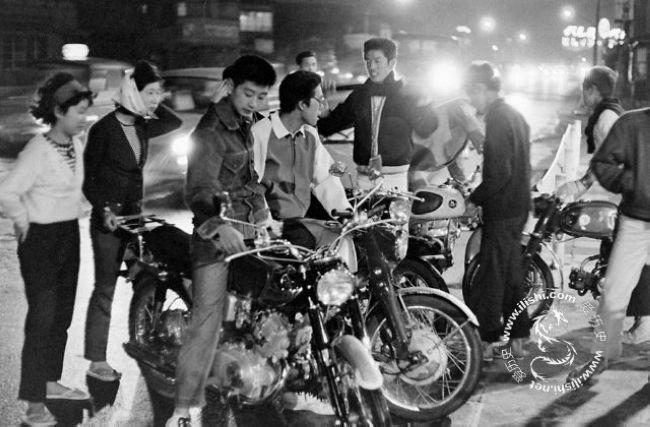 1960年代の日本の若者 反抗した...