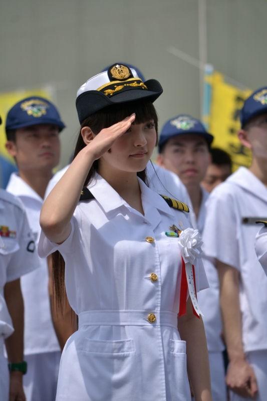 【無修正】陸上自衛隊員の女性、米軍兵士とのSEX動画や画像が大量流出!米兵「この女は売春婦」 [無断転載禁止]©2ch.net [373518844]xvideo>3本 YouTube動画>1本 ->画像>148枚