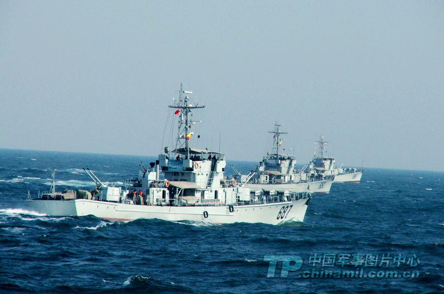 東海艦隊のミサイル射撃訓練に迫...