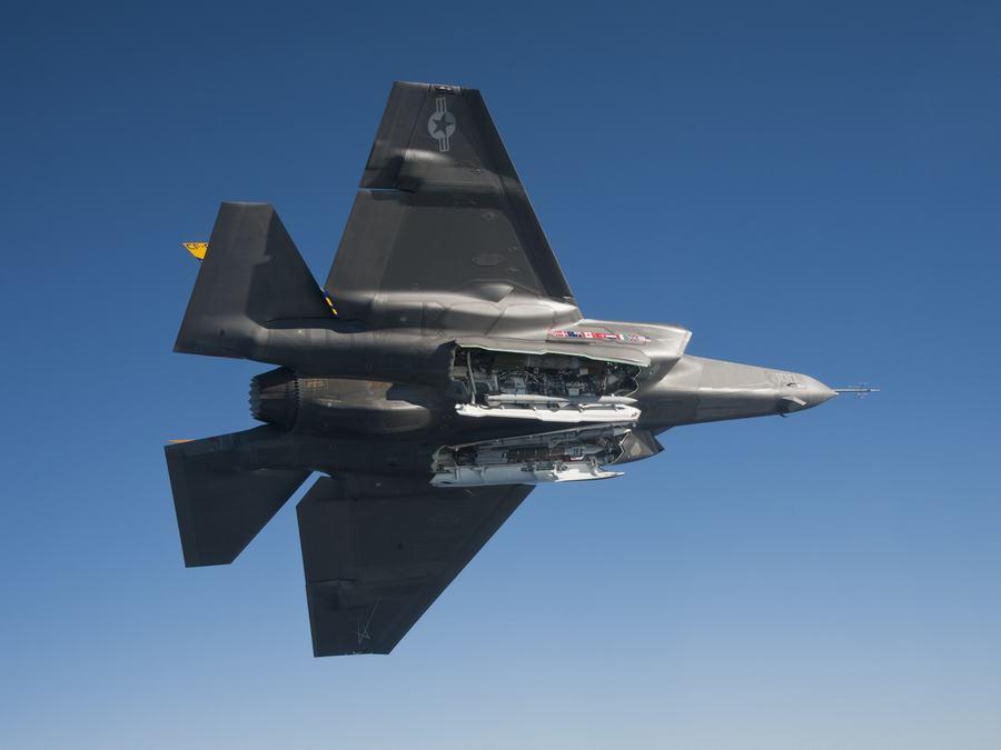 F 35 (戦闘機)の画像 p1_26