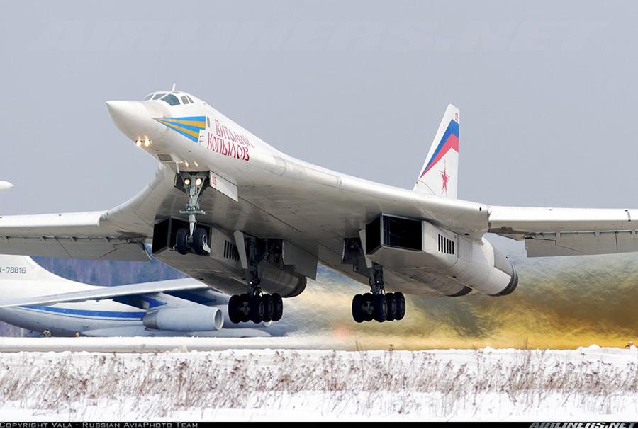 Tu 160 (航空機)の画像 p1_17