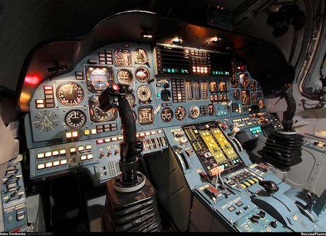 Tu 160 (航空機)の画像 p1_8