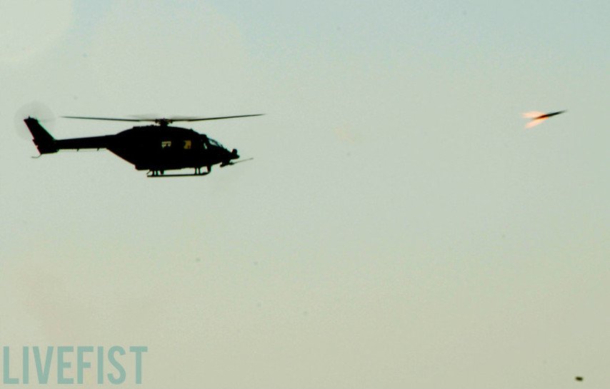 勇猛なインド国産のALH攻撃ヘリコメント