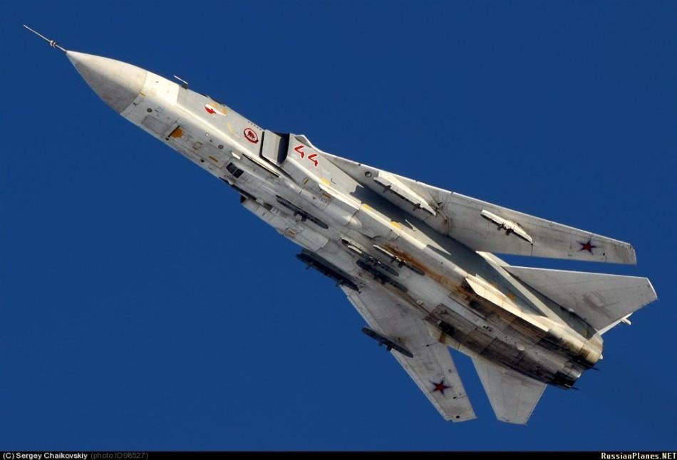 Tu 4 (航空機)の画像 p1_28