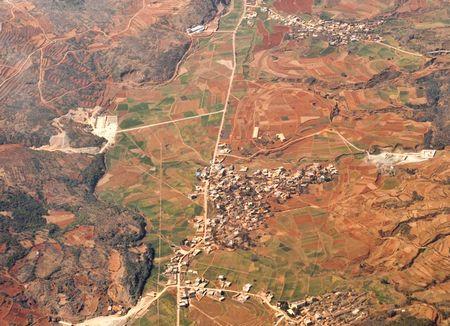 上空から撮影した雲南省の干ばつ