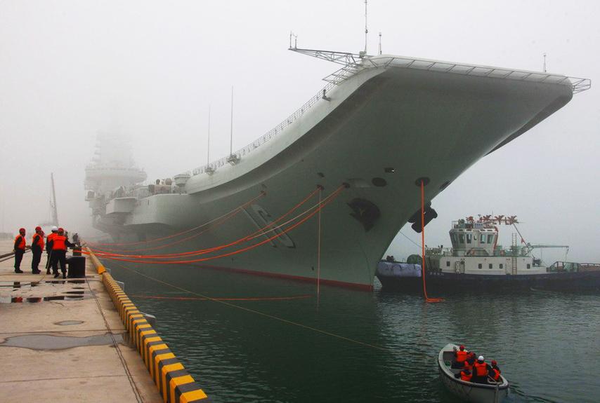 辽宁号绝非训练舰 中国将组建首个航母作战群
