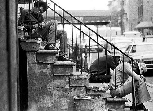 70年代経済低迷期、失業者で溢れる米ニューヨークコメント