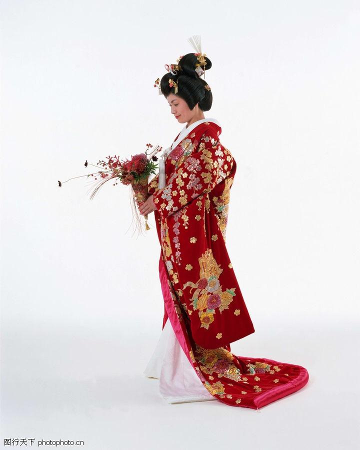和服に隠された日本人女性たちの...