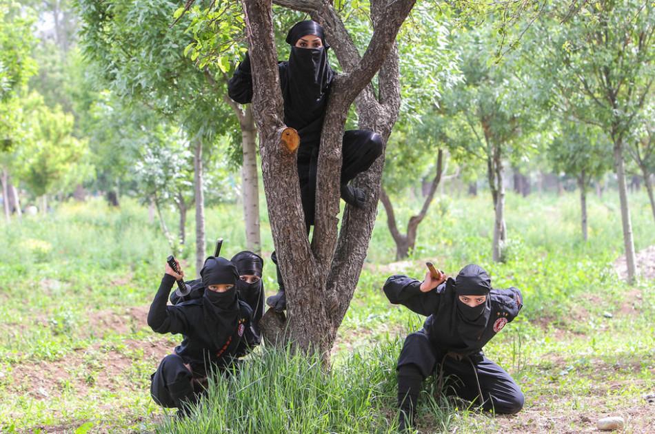 イランの英語ニュースチャンネル「PRESS TV」は昨年、同国の女性忍...  イランの女忍者の