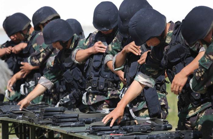 中国軍特殊部隊の競技大会が終了...