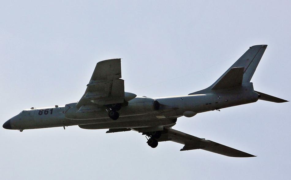 戦略爆撃機の画像 p1_27