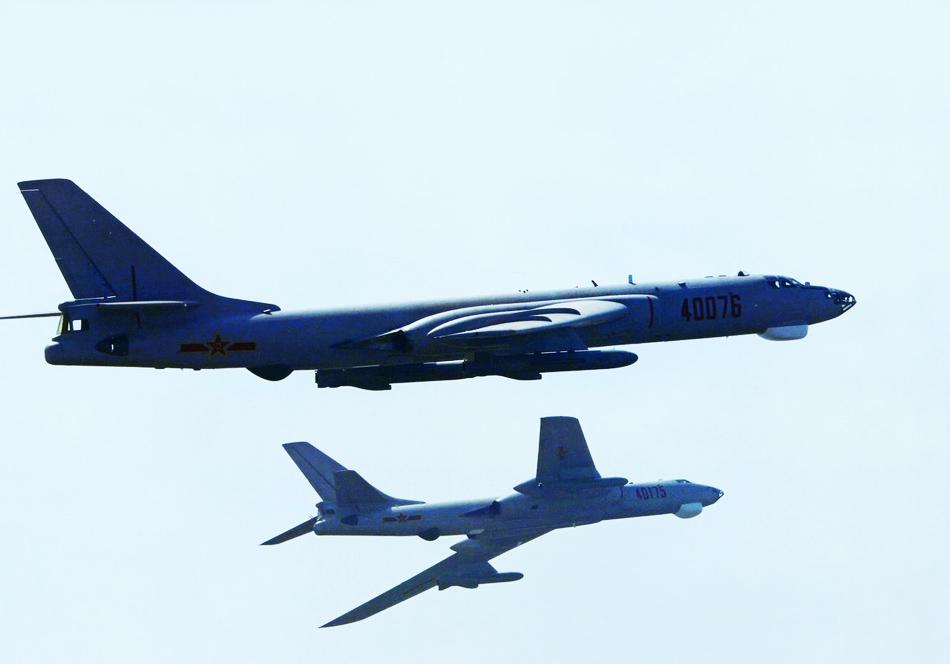 戦略爆撃機の画像 p1_33
