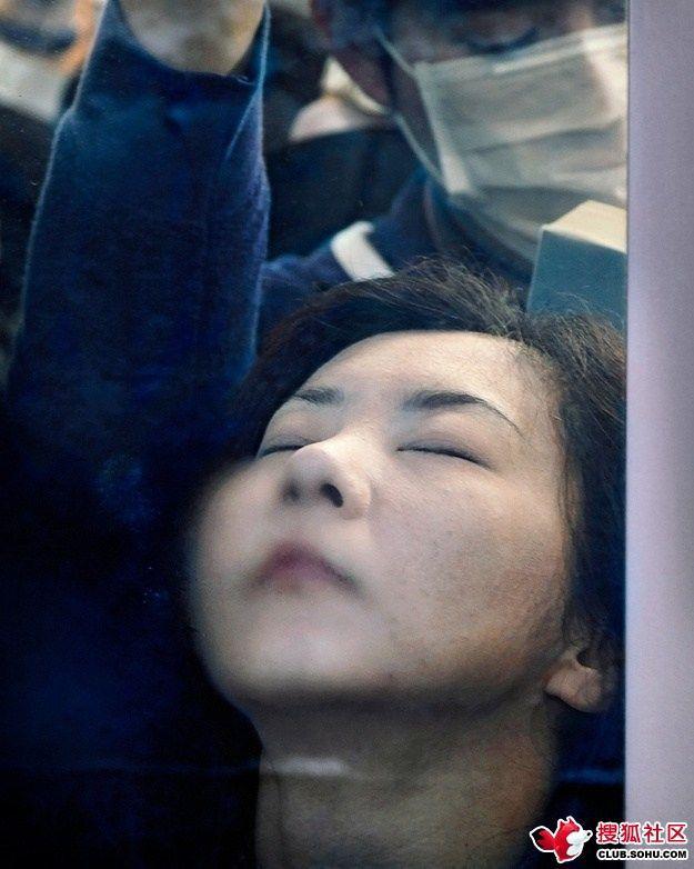 痴漢の温床!東京の電車の凄まじ...