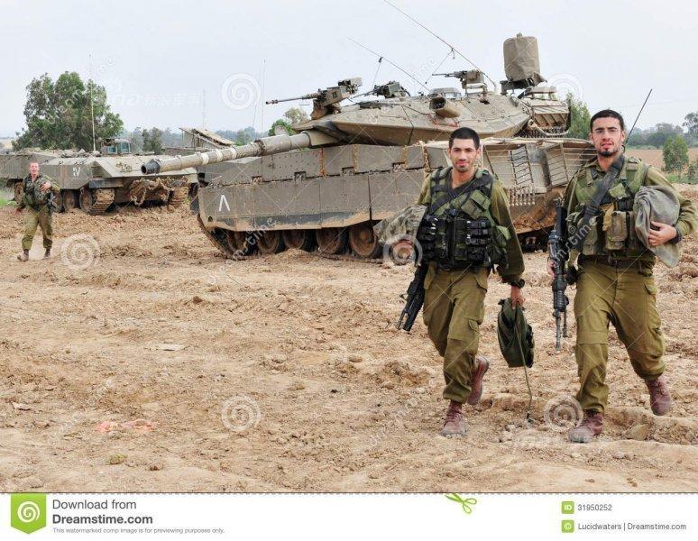 イスラエルの第401装甲旅団は2002年末に武器を更新し、イスラエル軍... イスラエルの守護神