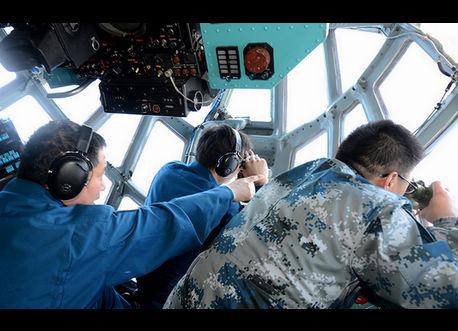 中国空軍のTu-154、関連海域で不明機を捜索