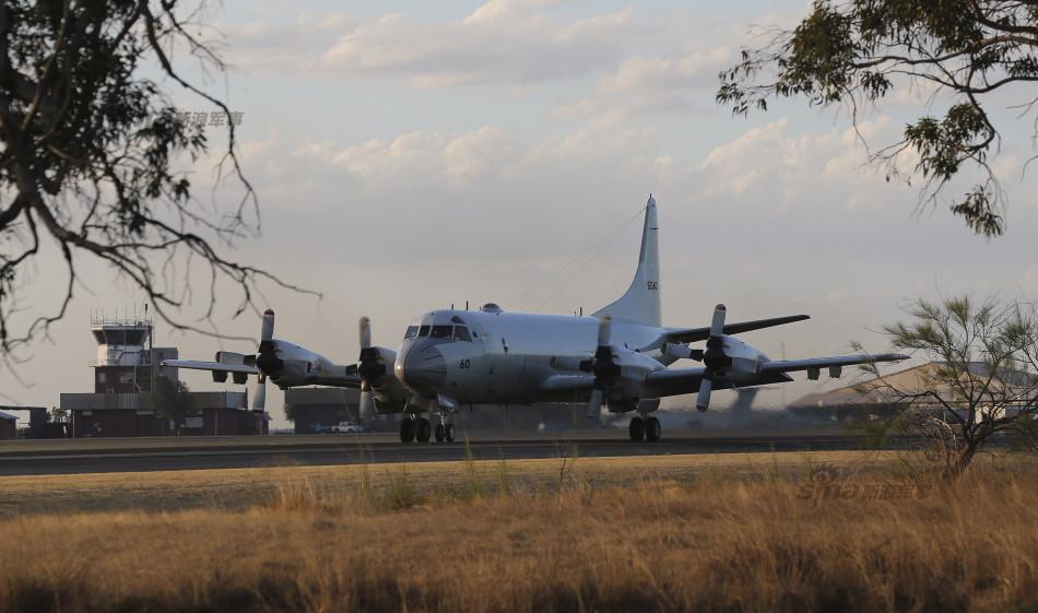 中日軍機、オーストラリアに集まり不明機を共同捜索へ