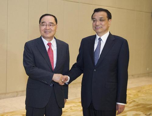 ボアオ・アジアフォーラム」李首相、韓国首相と会談
