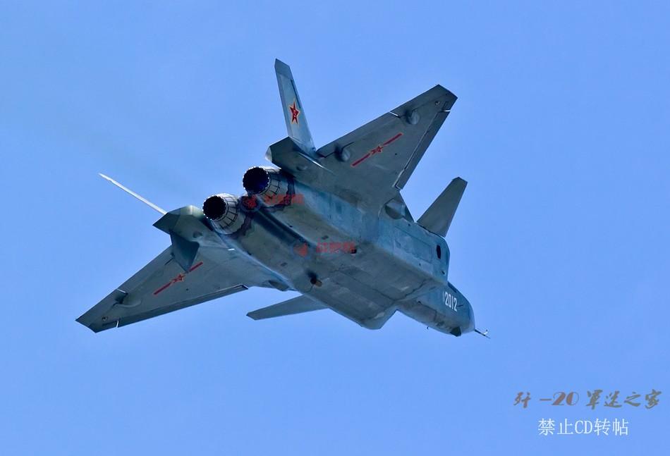 F 20 (戦闘機)の画像 p1_33