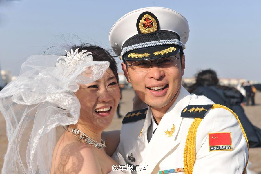 中国海軍護衛編隊、054A型フリゲ...