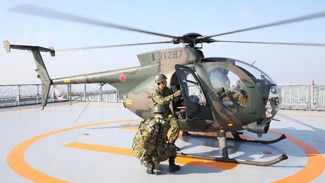 日本の陸上自衛隊、あべのハルカスで初訓練