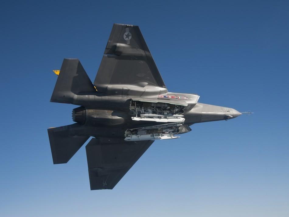 F 35 (戦闘機)の画像 p1_29