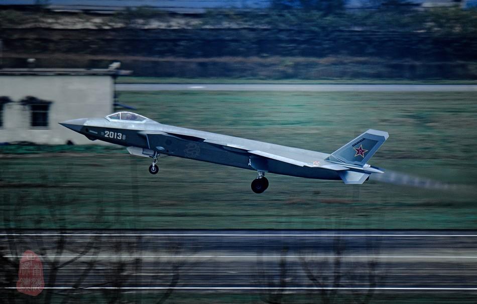 J 20 (戦闘機)の画像 p1_29